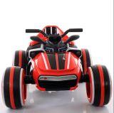 Os choques de controle remoto da bicicleta da sujeira do veículo da velocidade da movimentação que competem o carro do brinquedo para miúdos dos meninos