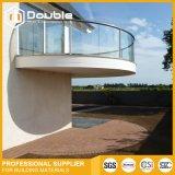 La villa di vetro del balcone dell'inferriata della balaustra di vetro moderna dell'alberino decora