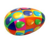 Contenitore di stagno della caramella di natale dello spazio in bianco di figura dell'uovo