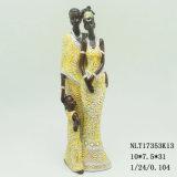 De Afrikaanse Vrouw van de hars, Beeldjes van het Paar van de Ambacht van de Hars de Zwarte voor het Decor van het Huis