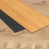Carreaux de sol en vinyle PVC Lvt / arrière / de l'intérieur Revêtement de sol sec