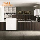 高品質のヨーロッパ式の木製のベニヤの台所家具
