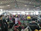 Roupa usada fábrica da mão da roupa segunda de Guangzhou do revestimento das senhoras para a venda