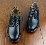 Zapatos de cuero de los hombres del trabajo del hombre del trabajo hecho a mano del zurriago
