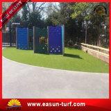 Ajardinar el césped artificial de la hierba sintetizada barata para la decoración del jardín