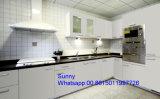 Gabinete de cozinha impermeável de madeira novo do apartamento do MDF do acrílico de 2017 Foshan Zhihua