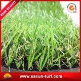 Erba artificiale del commercio all'ingrosso di fabbricazione della Cina per il giardino di paesaggio