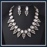De nieuwe Reeks van de Juwelen van de Halsband van de Manier van de Hars van het Punt Acryl