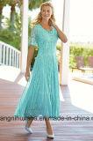 女性の花嫁のプロムの服の軽くて柔らかいV-Nevkの母