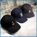 Il ricamo promozionale mette in mostra la protezione di golf dei cappelli di Snapback del berretto da baseball