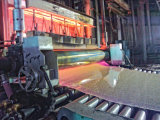 Rouler la machine pour le motif le verre