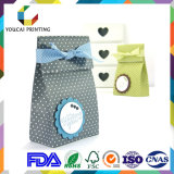 L'usine conçoivent le sac à provisions de papier de luxe avec le traitement