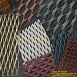 El polvo cubrió la hoja de metal expandido de pared decorativos