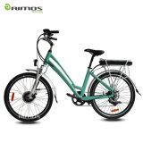 Signora City Electric Bike con la batteria posteriore della cremagliera