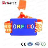 Wristband del tessuto del braccialetto RFID di Ntag213 prestampato evento NFC