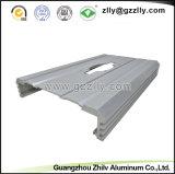 車のオーディオ・アンプのためのISO9001工場によって切り分けられるアルミニウムプロフィール