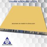 Placage en aluminium de sandwich à couleur jaune pour les matériaux décoratifs