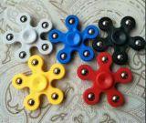 Het goedkope Stuk speelgoed van de Decompressie friemelt de Spinner van de Hand