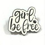 黒い金属の女の子はギフトのための自由な記念品の折りえりPinである