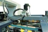 Macchina automatica della cucitrice con la parte del dispositivo di piegatura per l'incartonamento