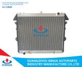 Toyota를 위한 OEM 16400-Oc140/Oc210와 가진에 Hilux Vigo 05-14를 위한 방열기