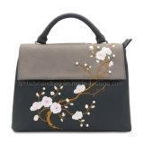 De Kleur van het Contrast van het Borduurwerk van het Ontwerp van de bloem Dame Handbag