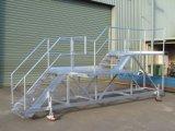 Escalera/escalera de acero con el pasamano y la plataforma