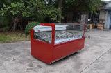 Berühmter Marken-Eiscreme-Schaukasten