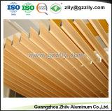 Usine de la vente du grain du bois d'eau chaude des gouttes d'aluminium pour l'extérieur de la décoration de plafond
