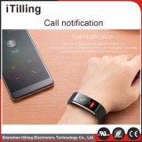 Montre intelligente pour le téléphone mobile avec le moniteur de sommeil, Pedometer, archive de consommation de calorie, fonction de calcul de distance, étalage polychrome