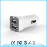 Caricatore doppio universale dell'automobile delle porte 5V2.4A del caricatore 2 dell'automobile del USB