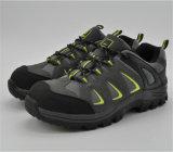 安全靴Ufa044Aをハイキングしている最もよい品質OEM