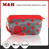 Flores e folhas Zipper Portable Red Travel Woman Cosmetic Bag