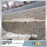 Controsoffitti di Kithen del granito di vendita calda & piani d'appoggio dorati per la cucina