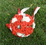 2016多彩な泡のローズの結婚式によっては結婚式の花束が開花する