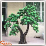 Albero di pino artificiale della decorazione di falsificazione domestica della vetroresina