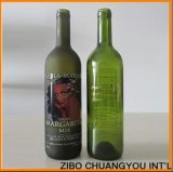 Bottiglia di vetro vuota del vino