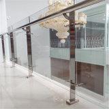 Varanda com Novo Design Corrimão de vidro temperado/Balaustrada com aço inoxidável Baluster de vidro