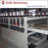 Machines de ligne de lombrage à l'extrusion de panneaux de mousse de PVC et de mousse de PVC (SJSZ-80/156)