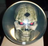 Clair boule de bowling avec la couleur de base du crâne, différents sont disponibles