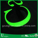 Kanal-Montage, die Acrylalphabet-Zeichen-Zeichen mit LED-Licht bekanntmacht