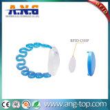 Frequenza ultraelevata registrabile impermeabile del Wristband della plastica RFID per la piscina