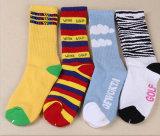 Form-Karikatur-Baumwollstapel-Schleifen-Qualitäts-Fabrik Soem-Socken 100%