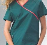 L'infirmière de l'hôpital des femmes de bonne qualité d'OEM de constructeur frotte des uniformes