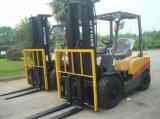 고품질 내부 산화 1.5 톤 디젤 엔진 포크리프트 Fd15t