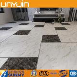 Azulejo de suelo auto-adhesivo del vinilo del PVC del efecto de piedra barato de China