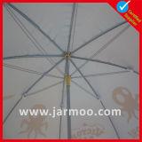 Extérieurs bon marché sautent vers le haut le parapluie