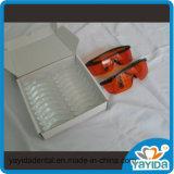 Zahnmedizinische Zähne, die Maschine mit blauen LED Lampe der vier Energien-weiß werden