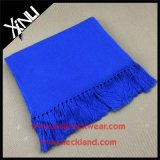 Шарф классицистического способа Knit шерстей сплошного цвета теплый с Tassel