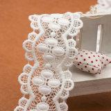 Ampiamente usare il testo fisso decorativo ricamato del merletto per gli indumenti
